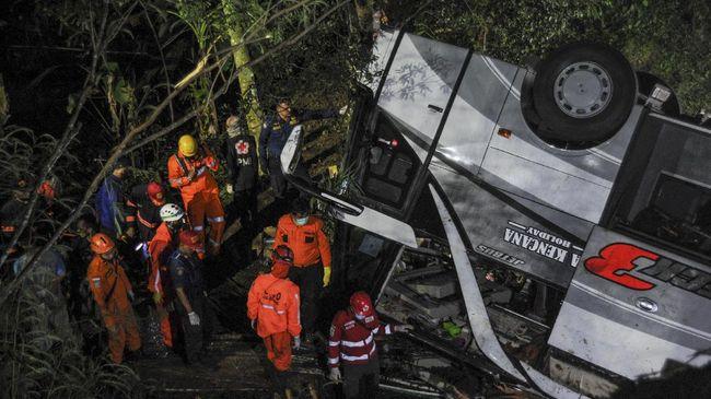 Kecelakaan Bus Pariwisata Yang Mengangkut Pelajar Tewaskan 27 Orang