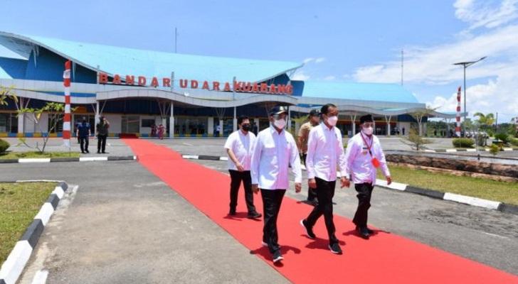 Presiden Joko Widodo Resmikan Bandara Kuabang di Halut