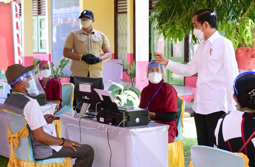 Presiden RI Pastikan Distribusi Vaksin COVID-19 Merata Sampai Ke Pelosok Tanah Air