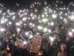 Warga London Terus Memprotes Polisi Setelah Pembunuhan Sarah Everard