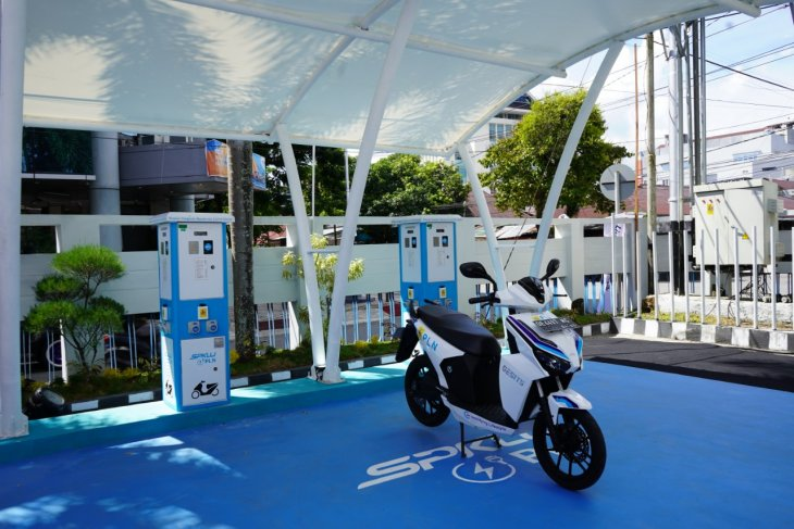 Distributor Kendaraan Listrik Minta PLN Menambah SPKLU di Kota Ambon