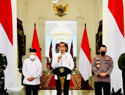 Presiden Jokowi Menyampaikan Duka Cita Mendalam Untuk 53 Anggota Prajurit AL di KRI Nanggala-402