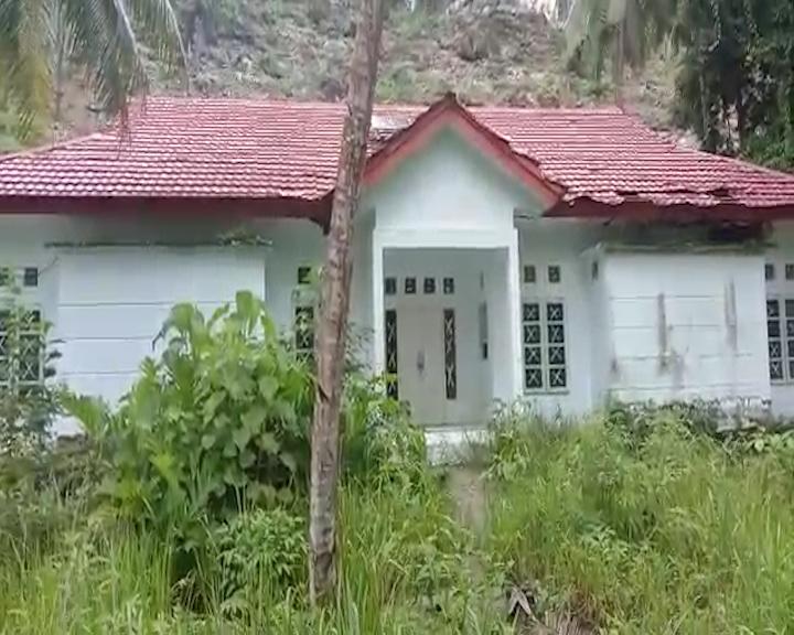 Bupati Tuasikal Diminta Agar Tempatkan Nakes Pada Puskesmas Desa Asilulu