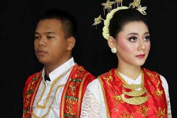 Daftar Pakaian Adat Maluku