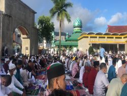 Sholat Id di Ikuti Ribuan Umat Muslim di Masjid Raya Al-Fatah Kota Ambon