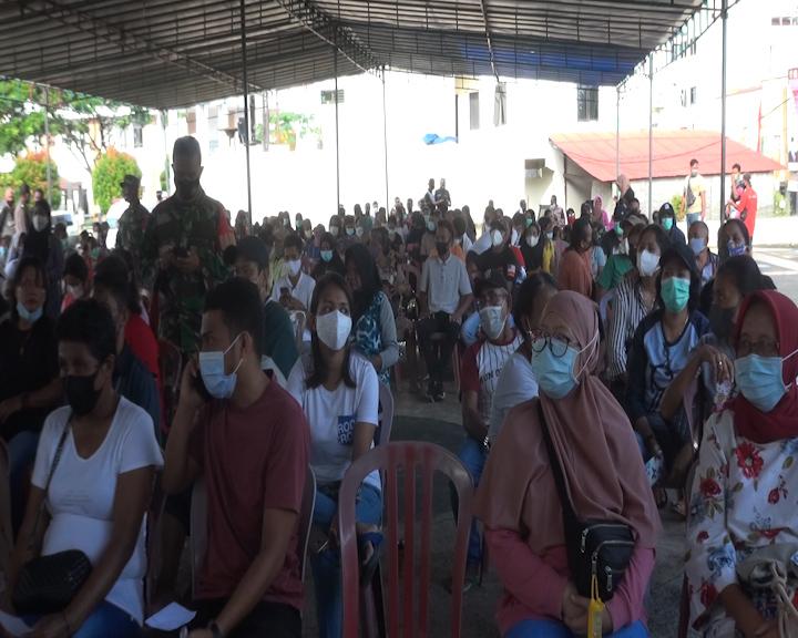 56.038 Waga Kota Ambon Telah Divaksinasi COVID-19