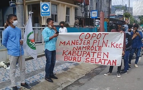 Aksi Demo Meminta Copot Haris Sebagai Manager PLN Namrole, Digelar GPPR Maluku