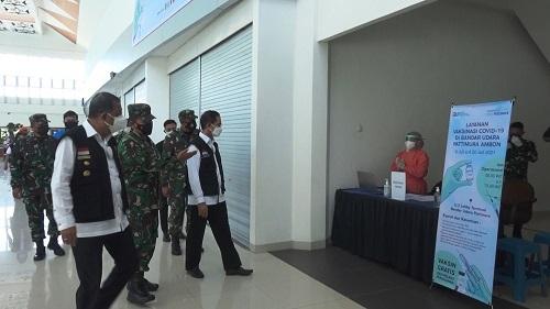 Walikota Ambon Memantau 3 Pintu Masuk di Hari Pertama PPKM