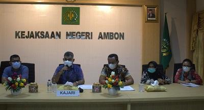 3 Tersangka Dugaan Kasus Korupsi Anggaran BBM DLHP Kota Ambon Ditahan