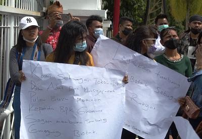 Aliansi Mahasiswa Adat Buru Gelar Unjuk Rasa Minta Gubernur Maluku Legalkan Operasional Tambang Emas Gunung Botak