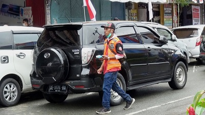 Dishub Kota Ambon : Parkir Tidak Pada Tempatnya Kendaraan Kita Derek