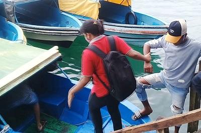 Pendapatan Para Pengemudi Speed Boat Anjlok Akibat Cuaca dan Tingginya Intensitas Hujan