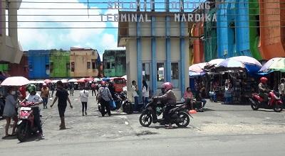Ratusan Sopir Angkot di Kota Ambon Lakukan Unjuk Rasa dan Mogok Massal