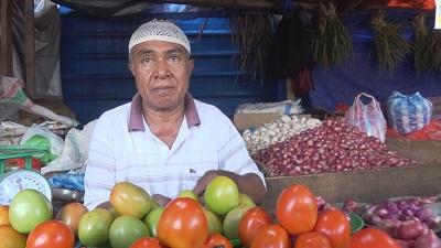 Harga Cabai di Pasar Mardika Ambon Anjlok