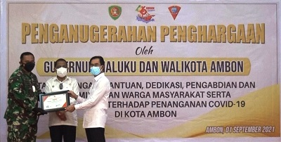 Walikota Ambon Beri Apresiasi dan Penghargaan Bagi Relawan COVID-19