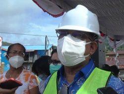 Walikota Ambon Meletakan Batu Perdana Tanda Mulainya Pembangunan Kawasan Kumuh