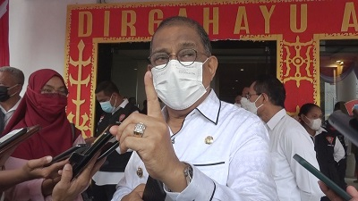 Walikota Optimis Kota Ambon Capai 70 Persen Warga Kota yang Divaksin
